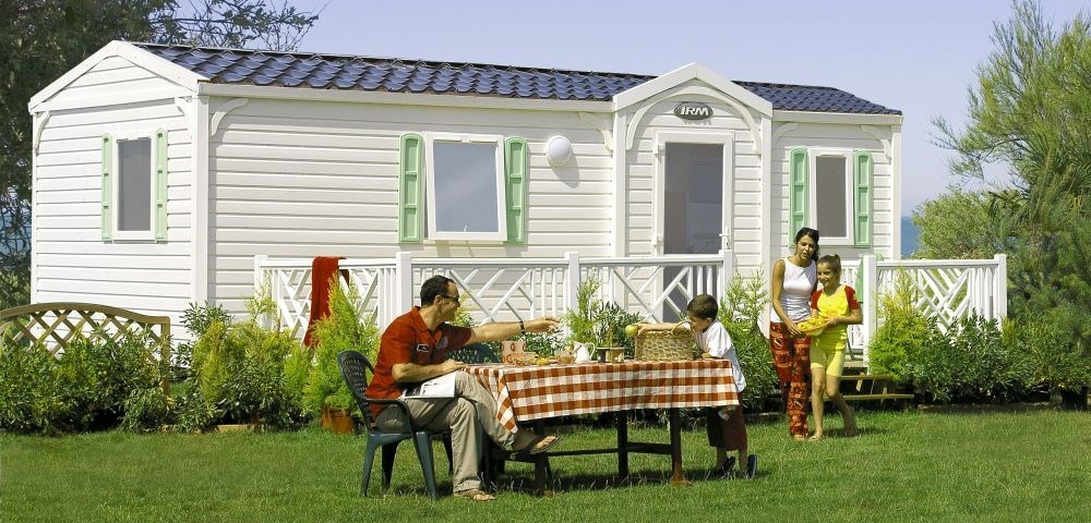Location vacances Plomodiern -  Maison - 4 personnes - Salon de jardin - Photo N° 1