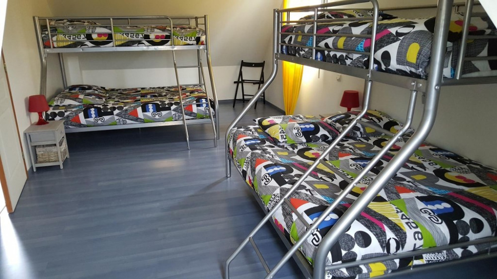 chambre 4 (dortoir enfants)