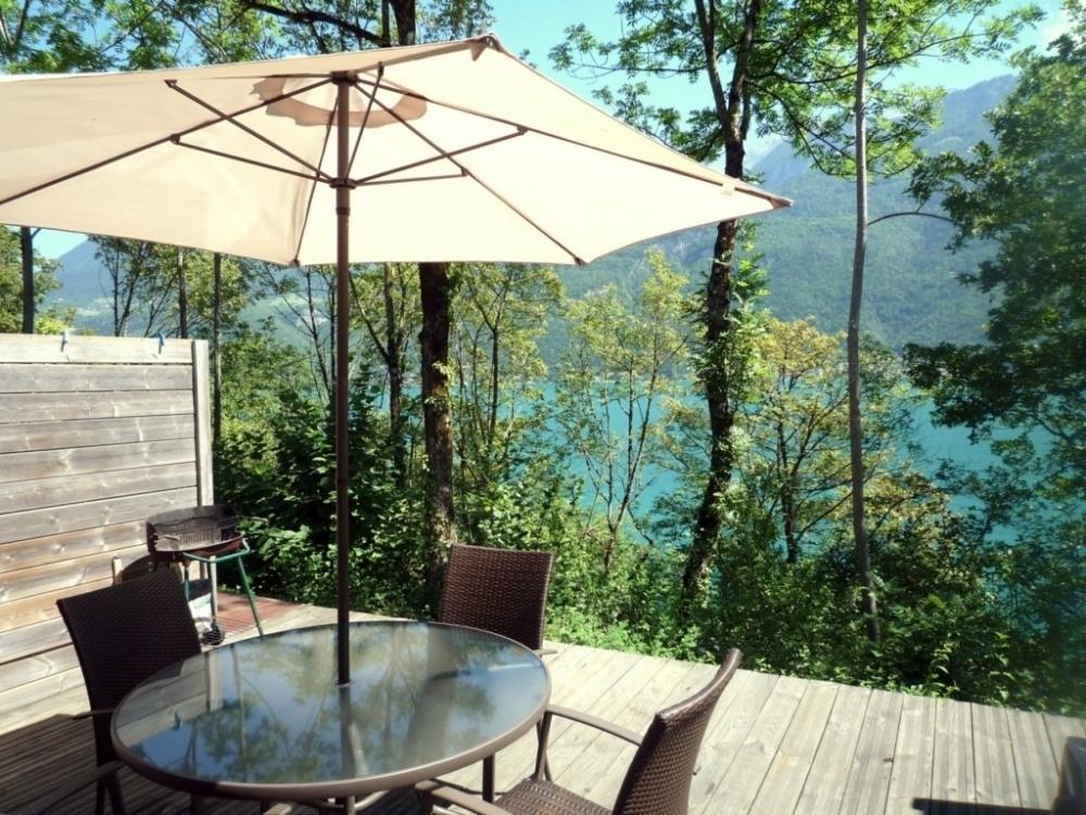 Lac d'ANNECY, proche stations, Beau DUPLEX T4 90 m², face au lac