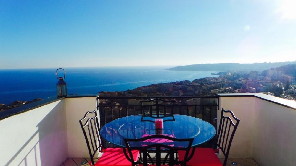 Superbe 2 pièces,vue mer féerique et magnifiques terrasses