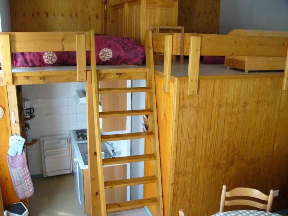 accès à la mezzanine depuis salon