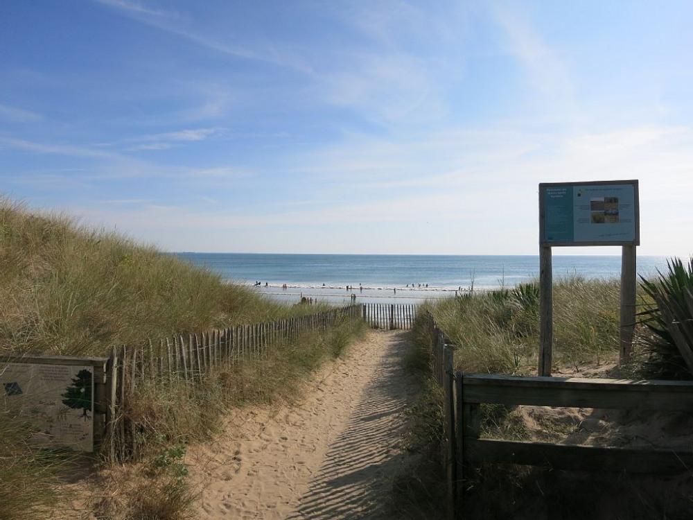 accès plage Bois Plage