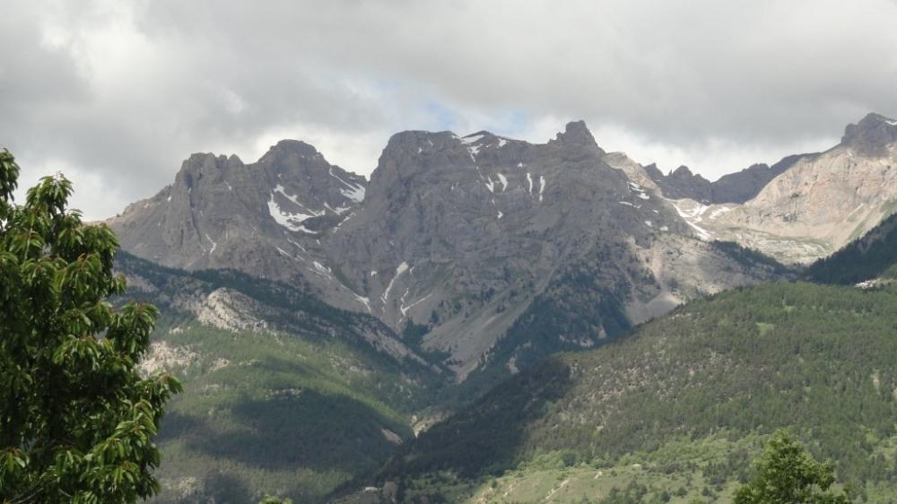 la vue sur la montagne de l'appartement