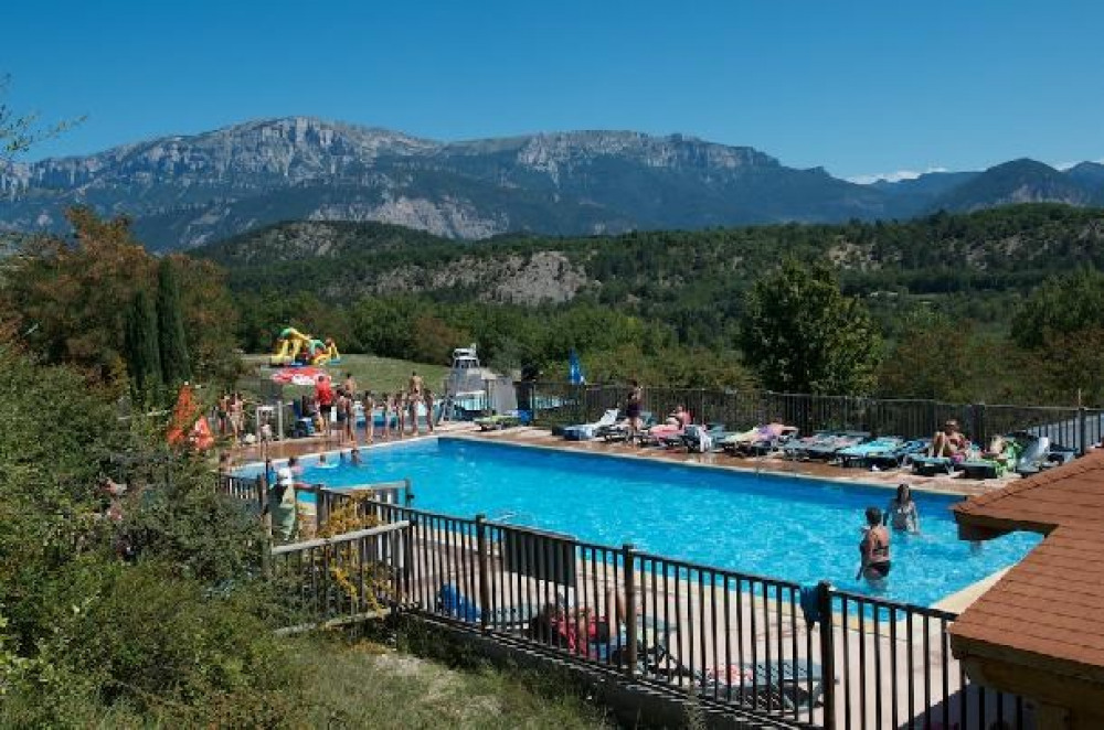 Camping Domaine du Couriou - Mh Confort 2Ch 4pers + Terrasse