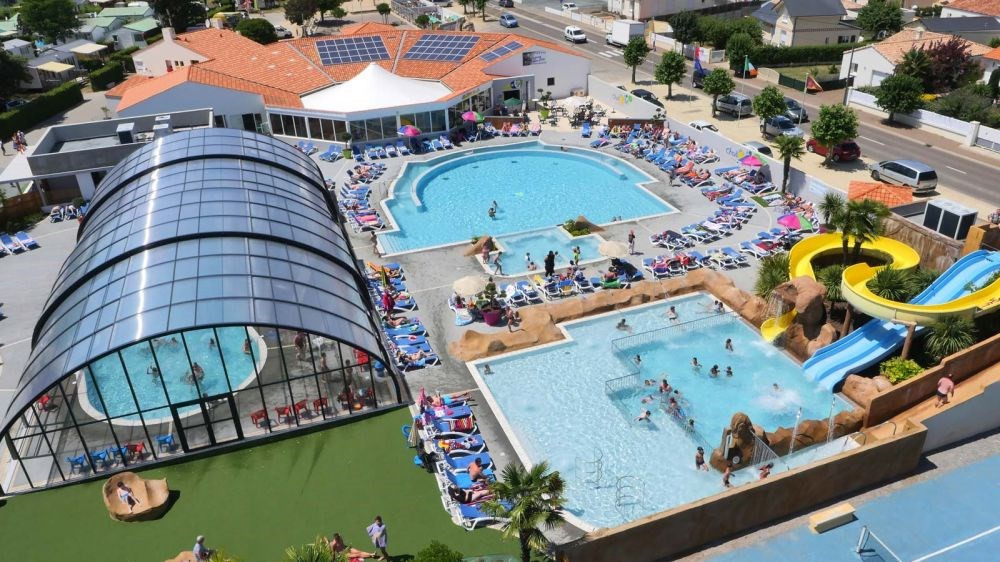 Vacances familiales tout confort à 400m du centre-ville et 1.2km de la plage de Jard sur Mer, charmante station balné...