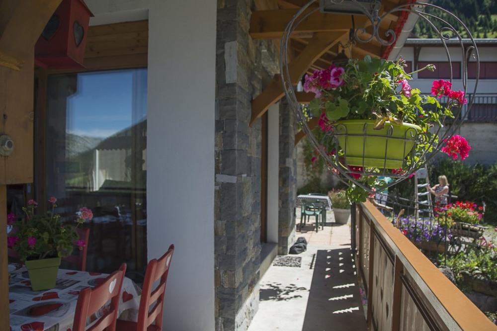 vue du balcon et terrasse exterieur