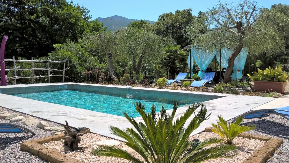 Appartement de qualité dans villa avec jardin et piscine avec chauffage solaire