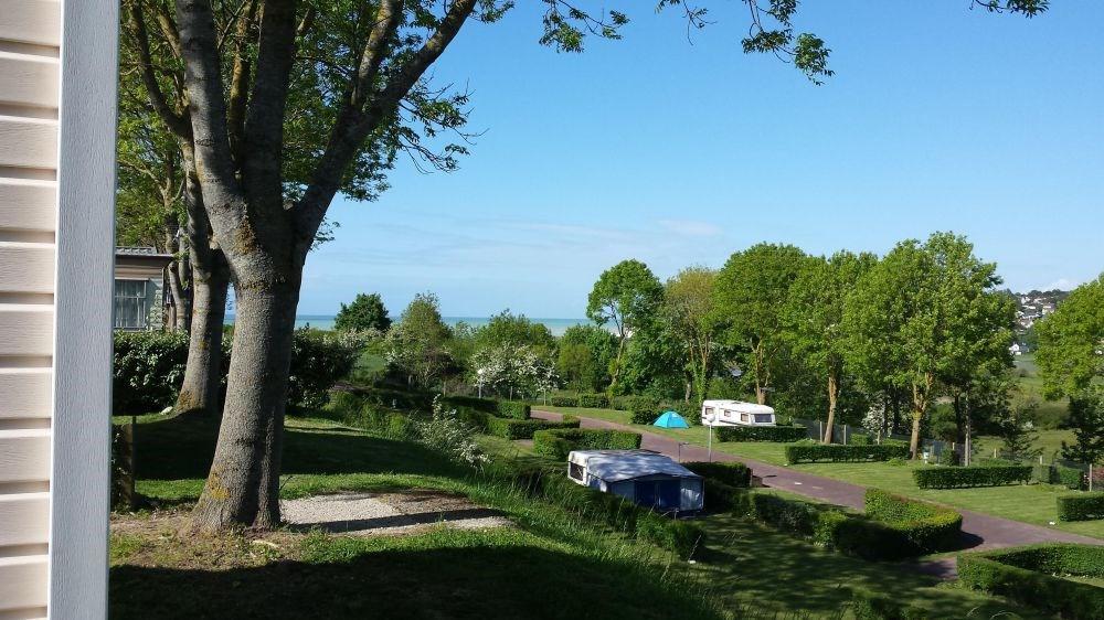 Camping Le Mont Joli Bois, 96 emplacements, 9 locatifs