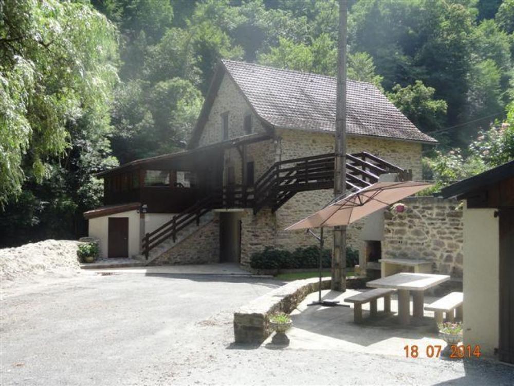 Detached House à MAYRAN