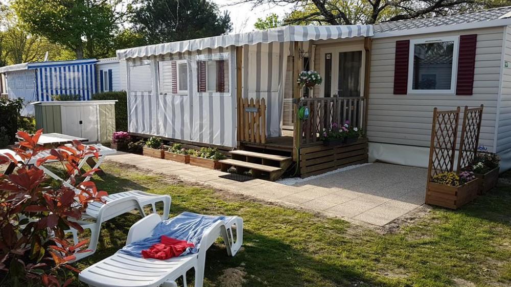 Mobil-home dans village vacances pour 6 personne(s)