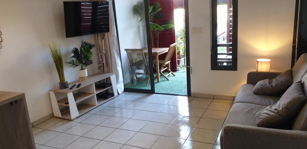 Location vacances Saint-Pierre -  Appartement - 2 personnes - Jardin - Photo N° 1