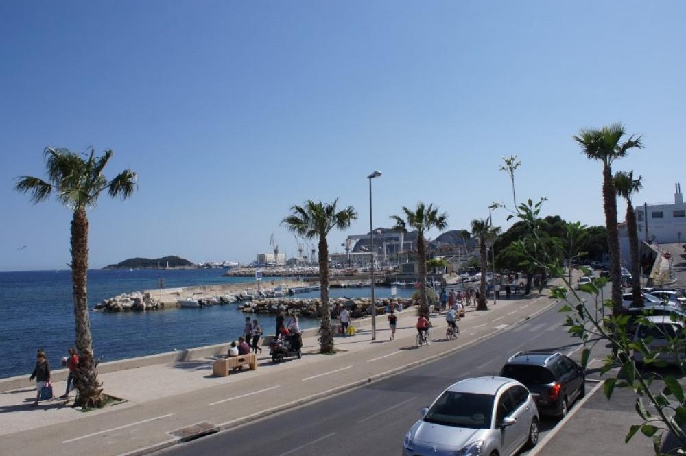 Promenade bord de mer - Port des Capucins
