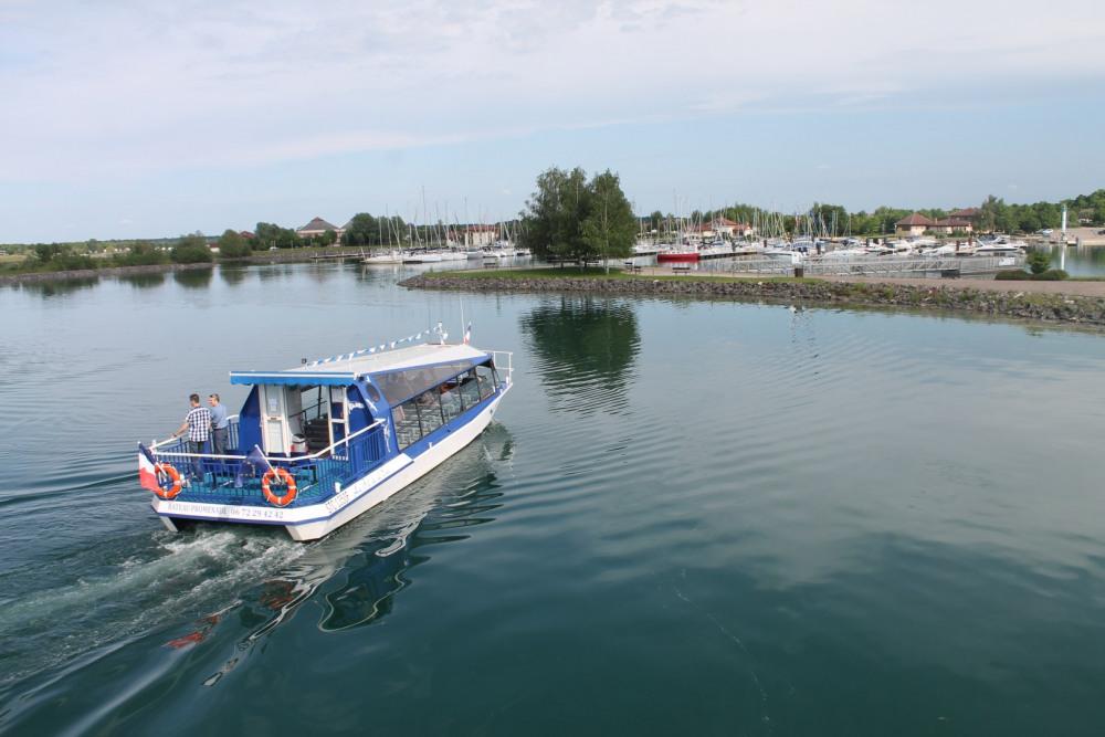 lac du der visite en bateau