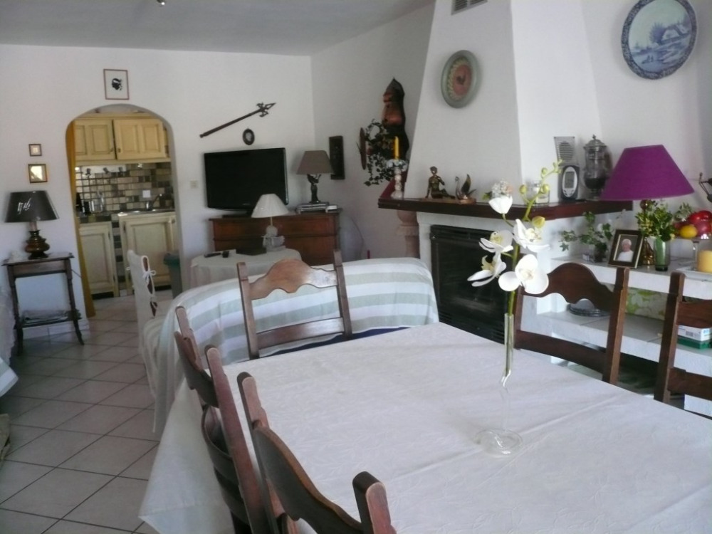 séjour salon et cuisine bas