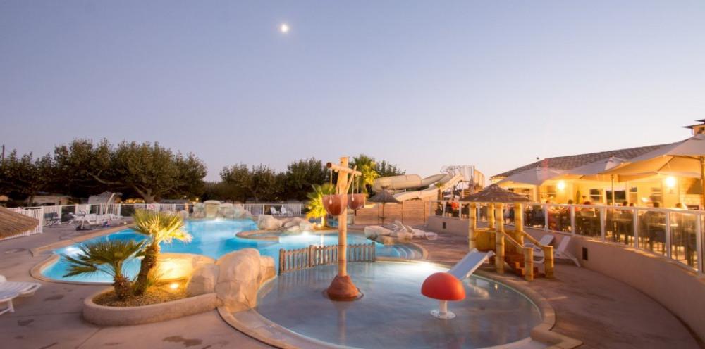 mobil home climatisé dans camping 4* avec parc aquatique proximité mer, au coeur du Golfe de Saint Tropez