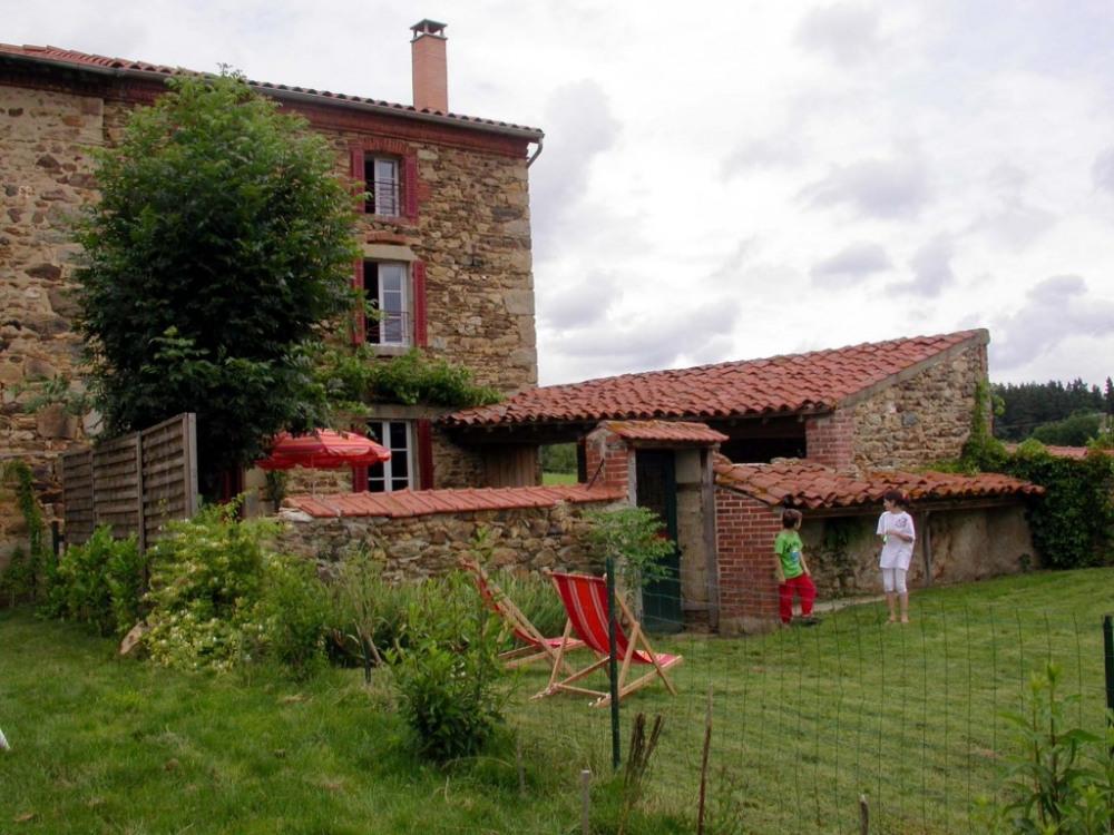 Gîte*** de Dreins 43440 Champagnac le Vieux