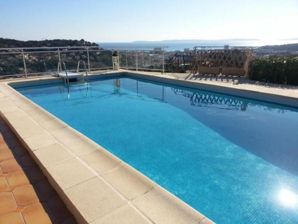 Magnifique Appartement de 36 m² à Bormes-les-Mimosas (Var), Vue Mer