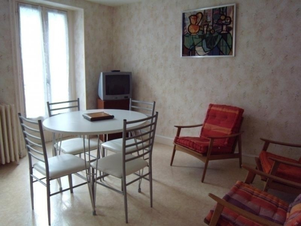 FR-1-234-132 - RESIDENCE LES SOURCES