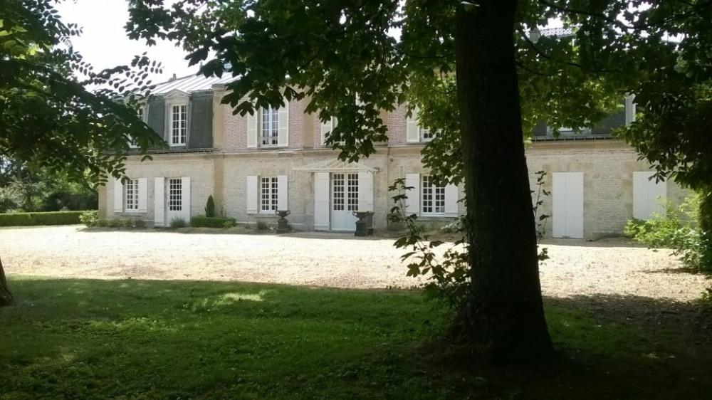 Location vacances Neuville-aux-Bois -  Maison - 10 personnes - Barbecue - Photo N° 1