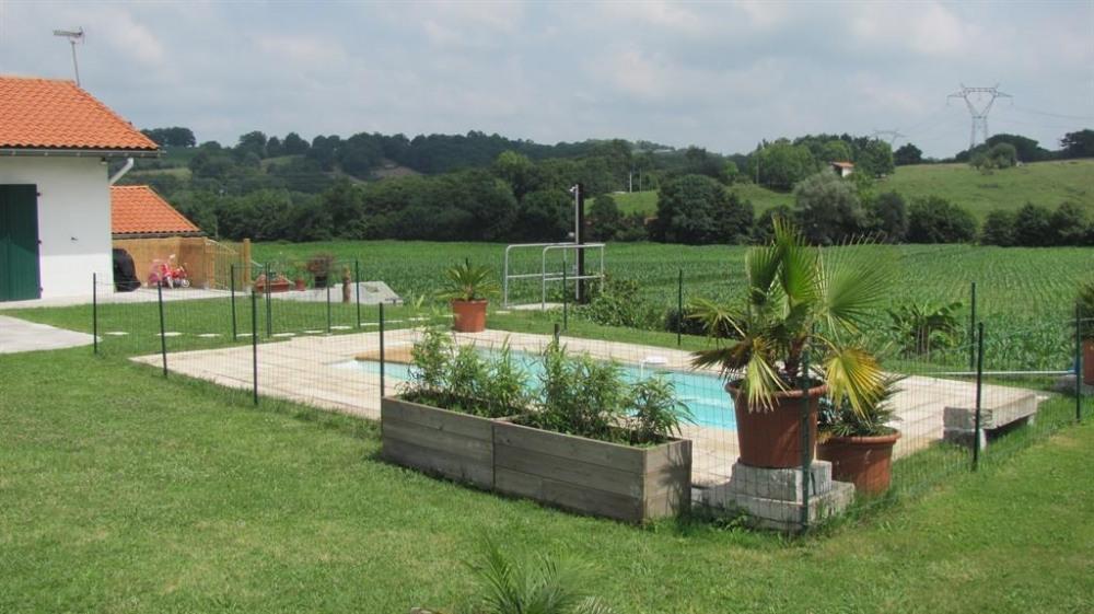 pour 7 pers. avec piscine privée, Briscous