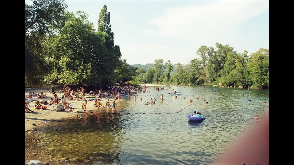 PLAGE surveillée à 500m (rivière La Beaume) 15 mn