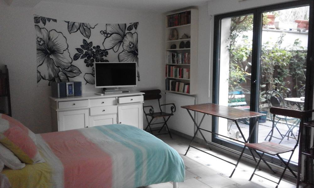 Location vacances Villejuif -  Appartement - 2 personnes - Jardin - Photo N° 1