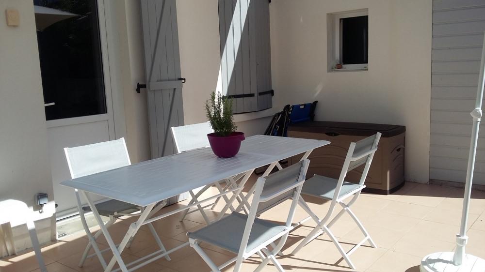 Location vacances Le Croisic -  Maison - 4 personnes - Salon de jardin - Photo N° 1