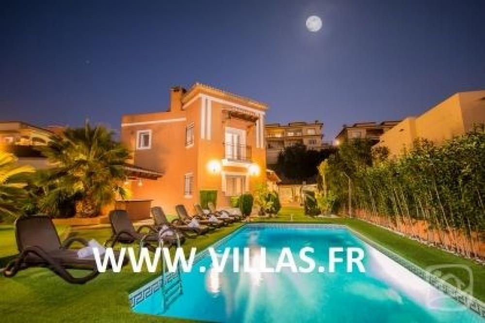 Villa AB ERO