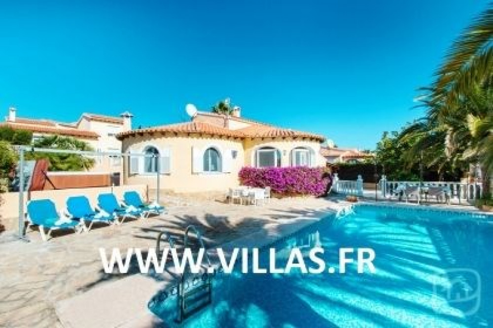 Villa AB MAX