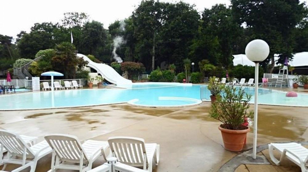 piscine avec jacuzzi mobilhome loire atlantique