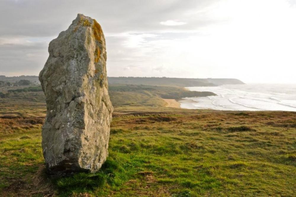 Menhir de Lostmarc'h