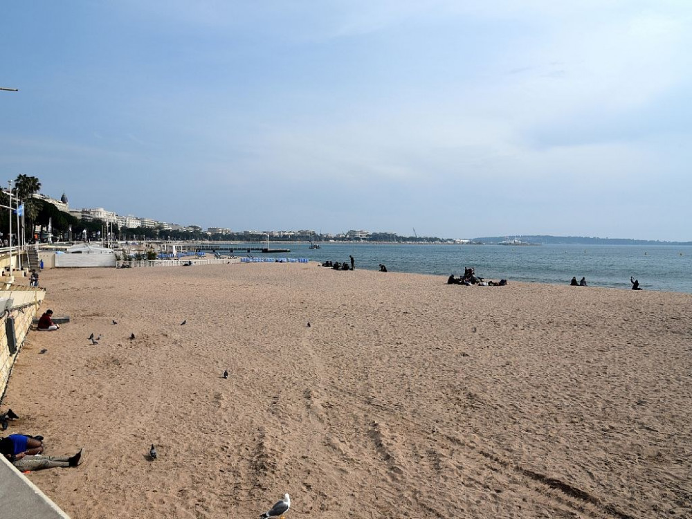 La plage avant l'arrivé des vacanciers