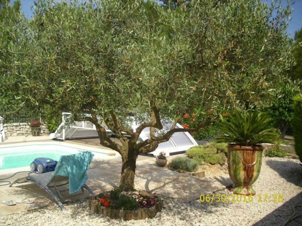 Gite rousson pour 5 personnes 90631030 seloger vacances for Piscine 3 05 x 0 91