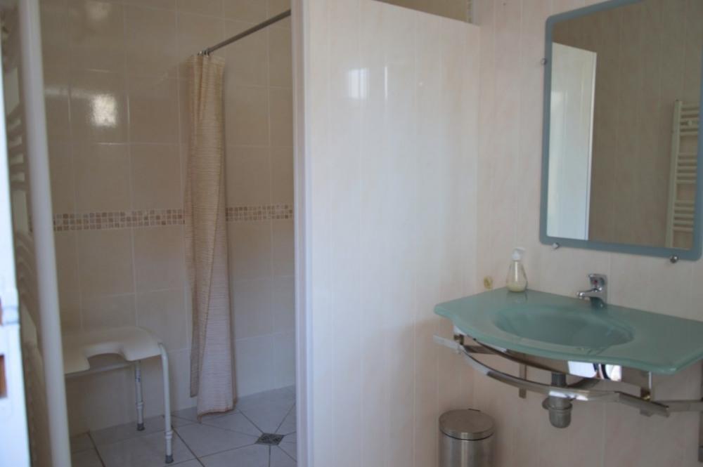 salle d'eau (douche à l'italienne)