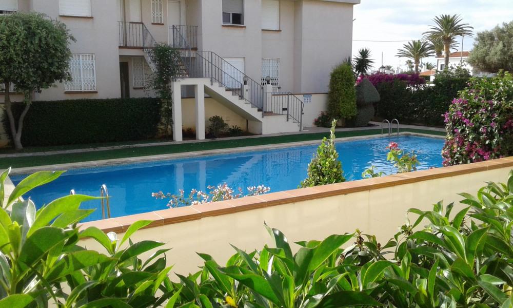 Location vacances Vinaròs -  Appartement - 4 personnes - Salon de jardin - Photo N° 1