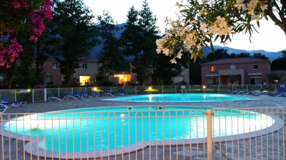 villa dans résidence de vacance sur plaine orientale corse detente assuré - Santa-Maria-Poggio