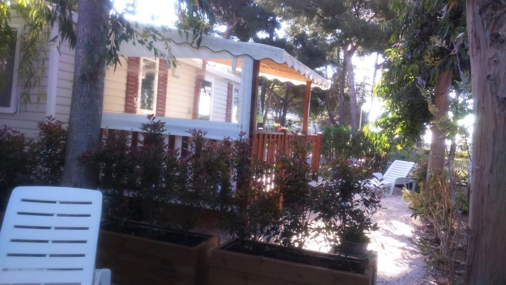 Location Mobil-home Hyeres 4 personnes dès 350 euros par semaine