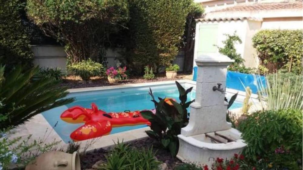 Appartement dans villa avec piscine 1er étage