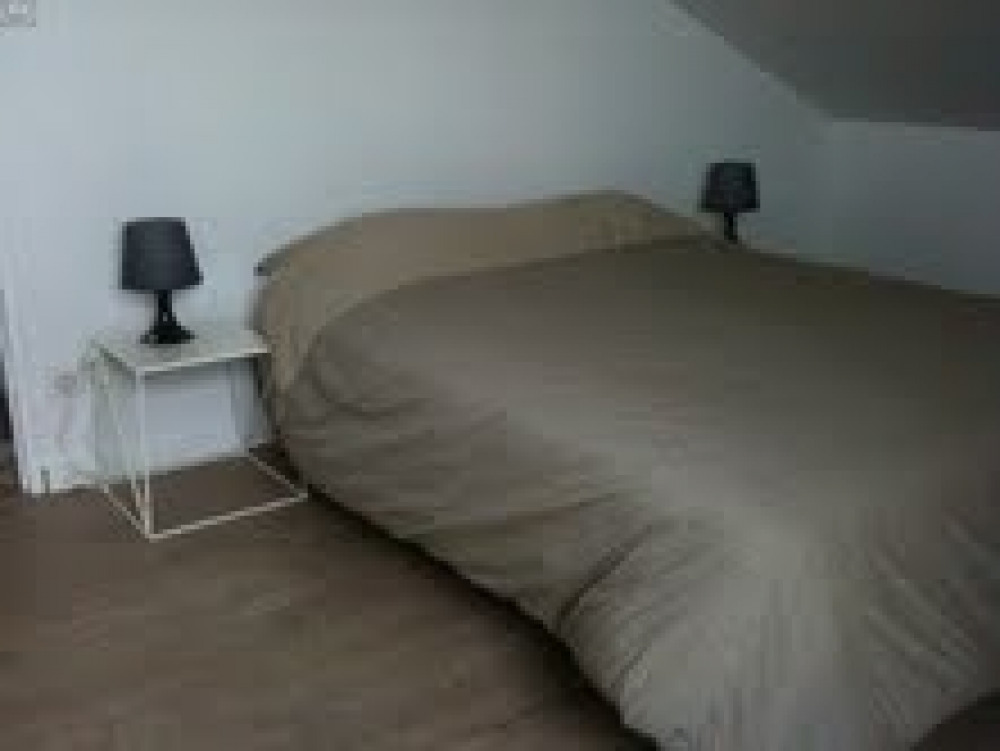 chambre 3 etage lit double
