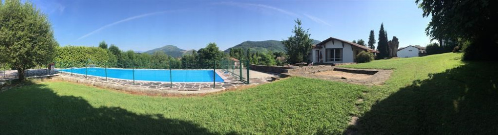 Panorama de la Villa Péko Mahastia