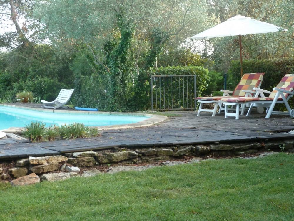 piscine sécurisée(cloture +alarme)