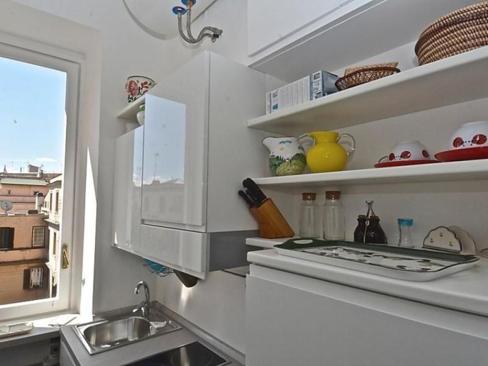 API-1-20-15437 - Vatican Family 4BR Apartment