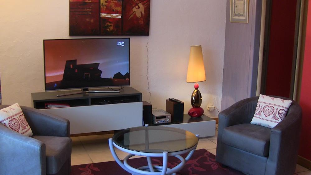 Salon et TV Ecran incurvé