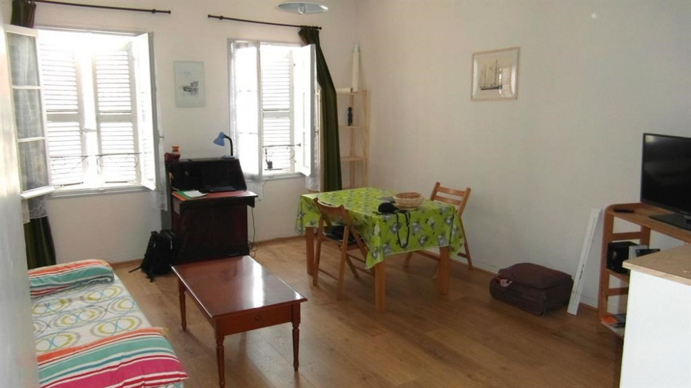 Holiday rentals La Rochelle - Apartment - 4 persons - Television - Photo N° 1
