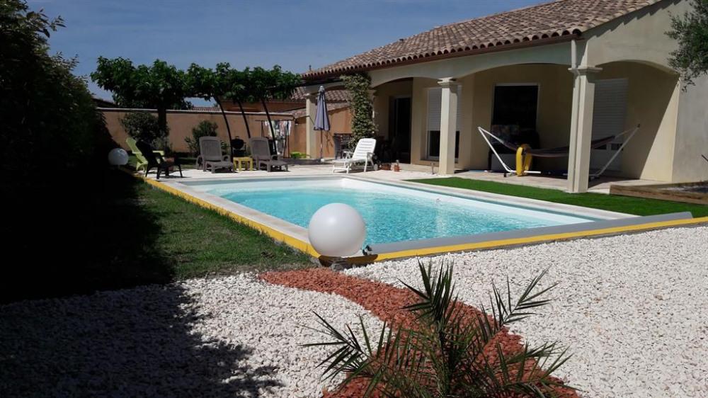 terrasse plein sud  piscine