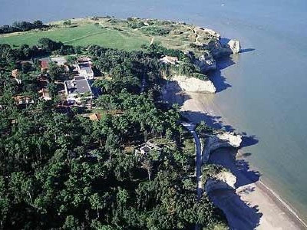 Pointe de Suzac avec Parc de l'Estuaire & plage des Anglais
