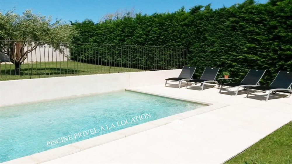 Location vacances Puyvert -  Maison - 6 personnes - Barbecue - Photo N° 1