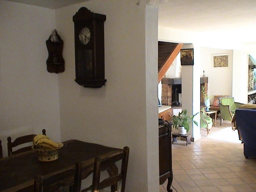 salon vu de la cuisine