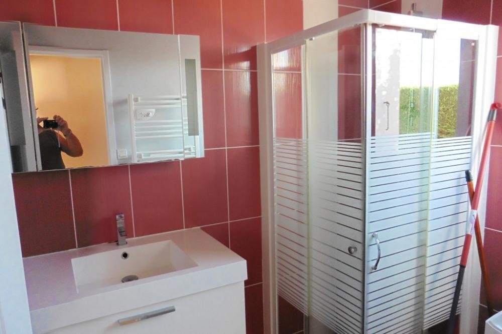 salle d eau avec fenètre