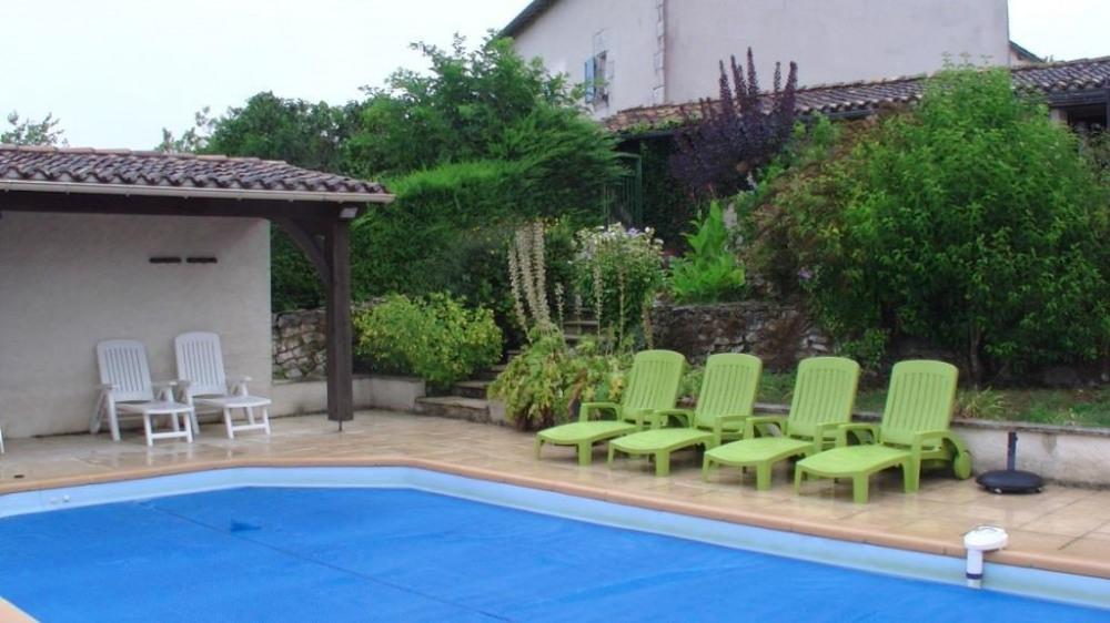 pour 10 pers. avec piscine, La Rochebeaucourt-et-Argentine
